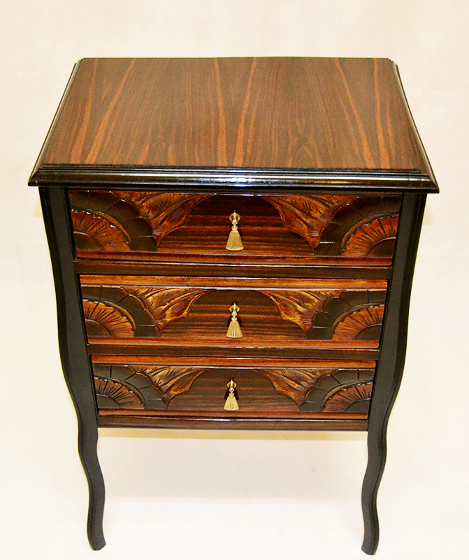 Muebles varios comodita de ebano macassar ulysse art for Muebles de ebano