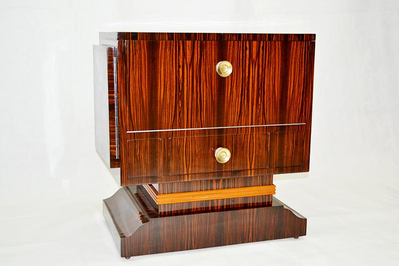Anticuarios de muebles dise os arquitect nicos for Anticuarios madrid muebles